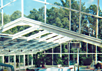 Benefits of Polycarbonate Swimming Pool Enclosures