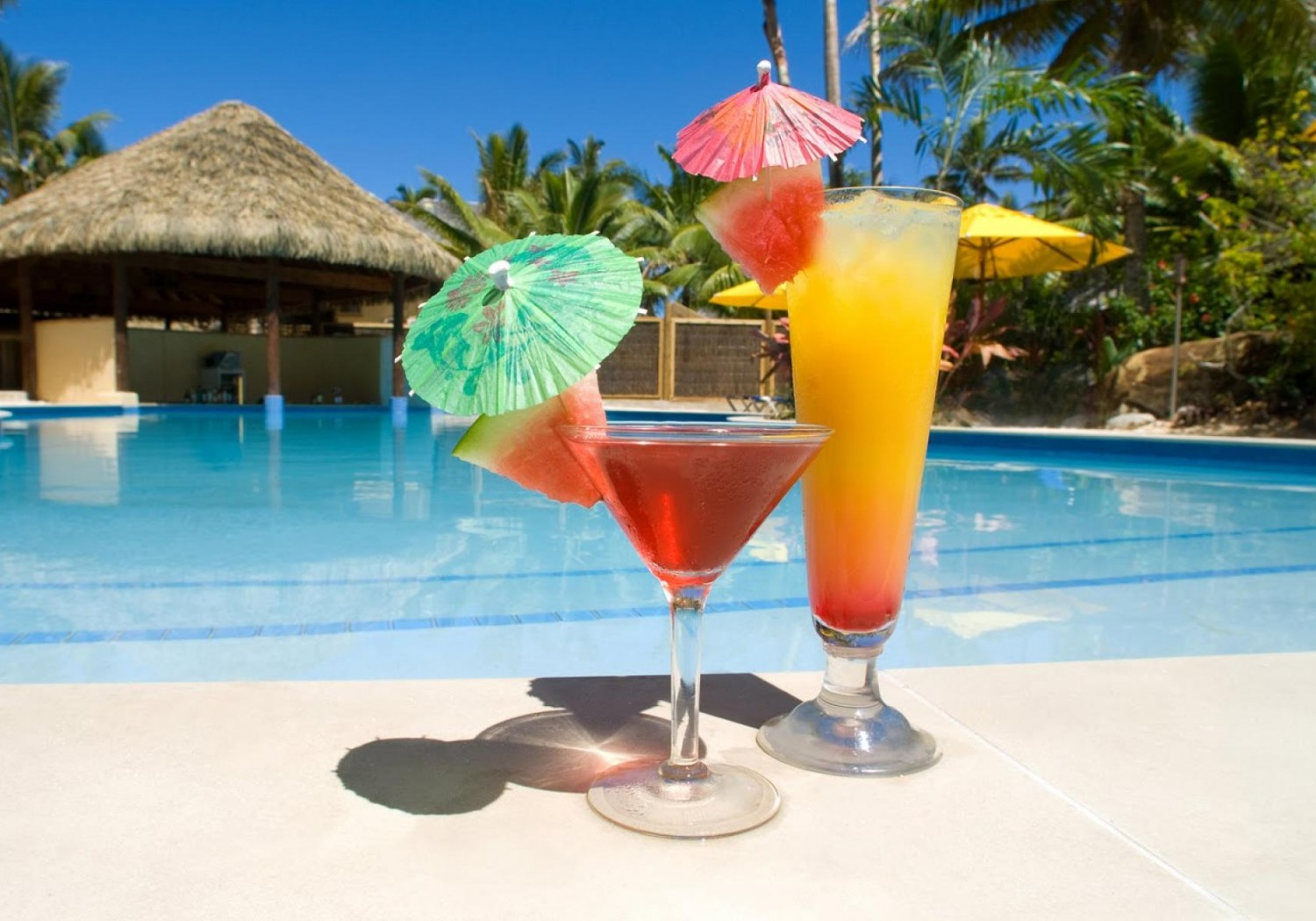 Pool party ideas for adults ccsi international inc - How to make a pool party ...